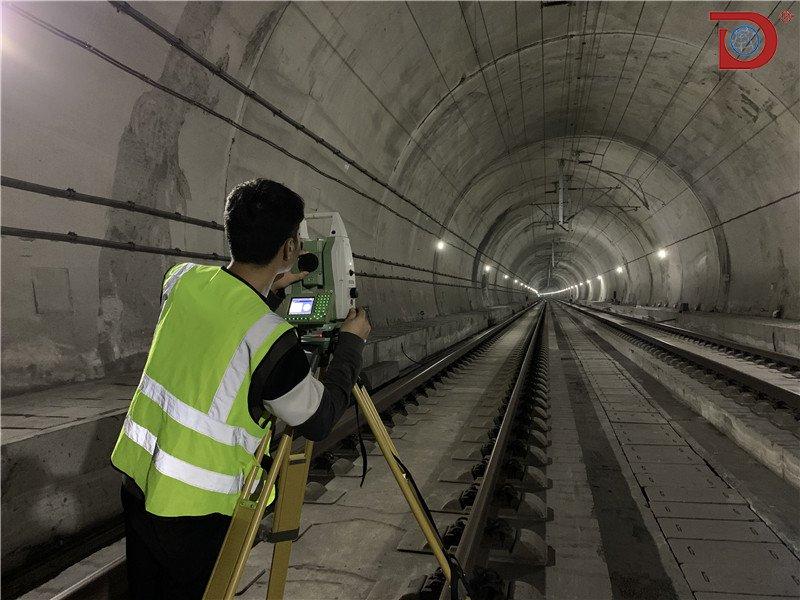 东网空间地理对于高铁隧道变形监测布置及测量解析
